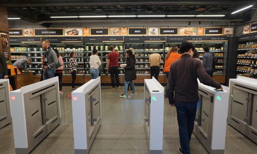 Belanja Tidak Pakai Kasir Cuma Ada Di Amazon GO