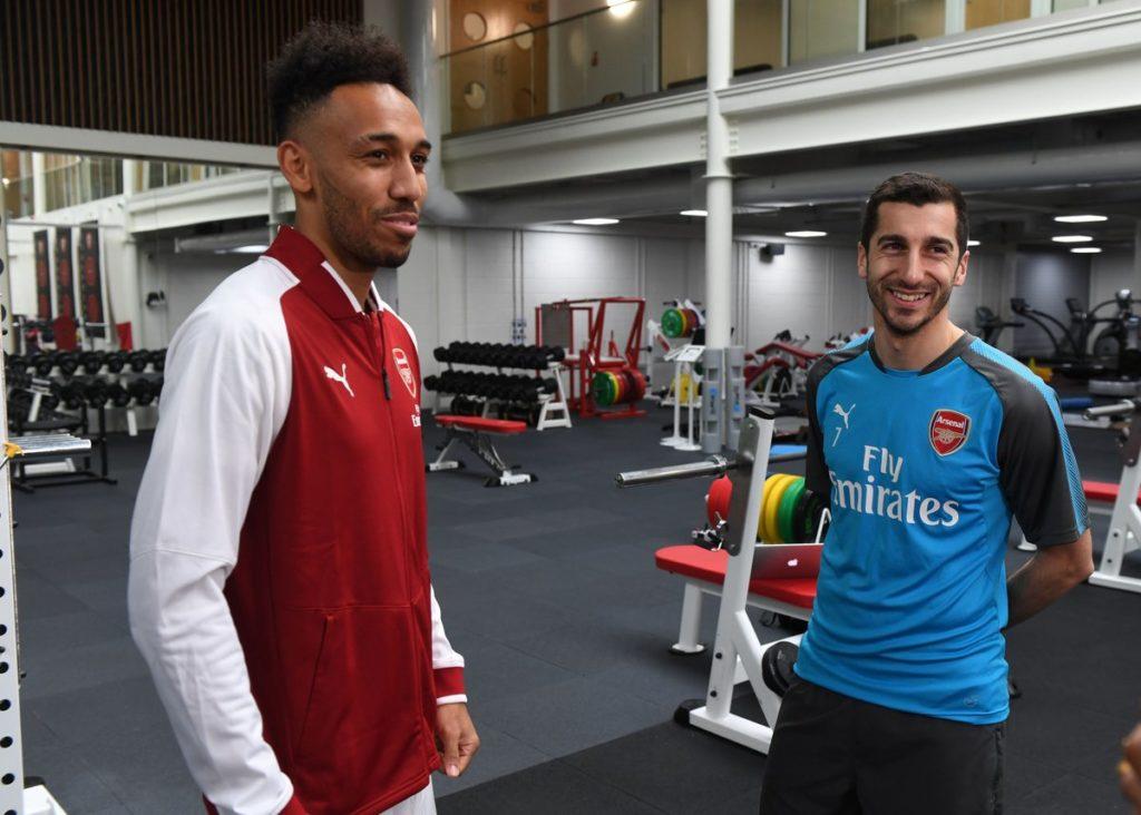 Pierre Emerick Aubameyang Resmi Berseragam Arsenal